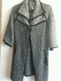 Sweater  Knit warm pull over  size S-M Downey