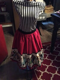 XS pin up girl skirt new with tag Gatineau, J8T