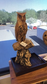 Owl Carving / Statue
