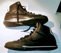 Size 10.5 Black Nike High Tops Dearborn Heights, 48127