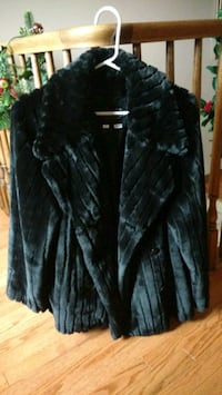 Faux fur coat (black)  London, N6K 1M6
