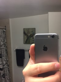 silver iPhone 6 with box Toronto, M3A