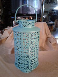 """NEW - GIFTABLE ** 13"""" Tall Metal Lantern WITH Glass Insert to Protect from Wind Extinguishing Hamilton"""