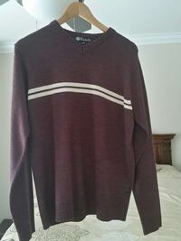 brown randy v neck sweater Surrey, V3V 0A8