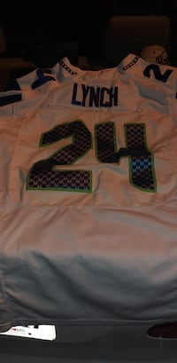 marshawn lynch jersey stitched  Centreville, 20120