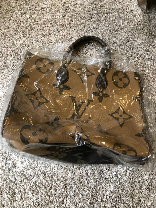 Large LV Bag  4
