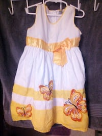5T white and yellow dress Fresno, 93710