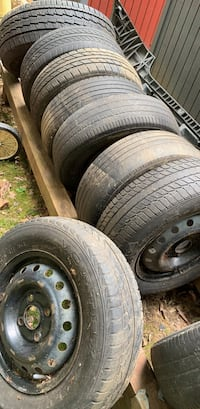 "TIRES FOR OLD TOYOTAS AND HONDAS CARS 14""15"" WITH RIMS AND one 16"" truck Bensville, 20695"