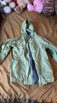 Green waterproof weather jacket  Woodbridge, 22192