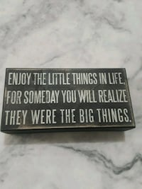 black and white wooden quote board Waldorf, 20601