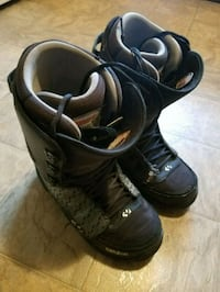 Mens snowboard boots size 12 Red Deer, T4N 5W8