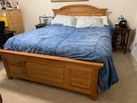 5-piece Broyhill honey pine bedroom set with queen boxspring Chadds Ford, 19342