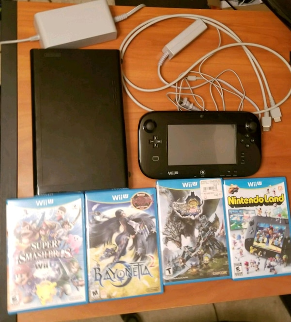 Used Nintendo Wii U 32GB Black With 5 Games