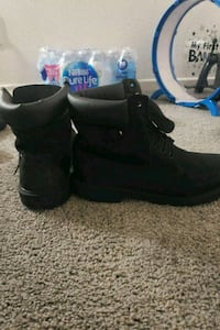 All black timbs San Diego, 92115