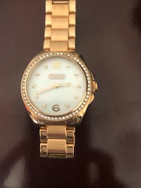 Round gold-colored Coach watch with link bracelet Hudson, 03051