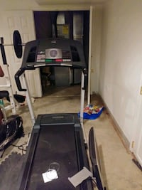 New tread mill barley ever used  Baltimore, 21206