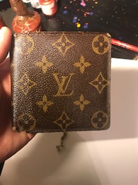 Authentic Louis Vuitton Men's Wallet From 1997! Omaha, 68154