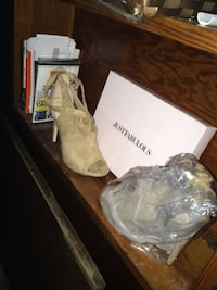 Brand new from just fab beige size 9 heels Gretna, 70056