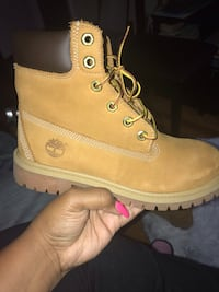 Size 5 timberland boots Catonsville