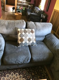 Gray blue couch 38 mi