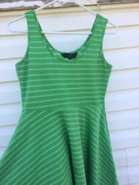 Green and white stripped dress Calgary, T1Y 2X5