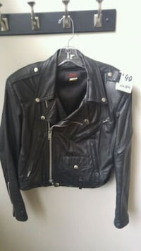 Ladies Genuine Leather $40 Jacket  Bond Head, L0G 1B0