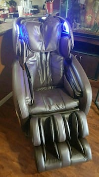 Cozzia Brown leather massage chair Rosenberg, 77469