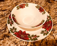 Christmas Dishes (4 Plates & 4 Bowls) Irving, 75063