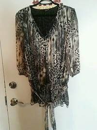 women's black and white blouse Barrie, L4N 2N4
