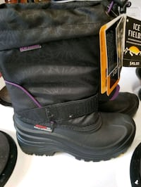 Girls Size 2 Winter Boots With Tags