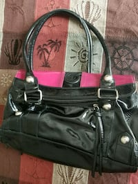 Purse with 3 Interchangeable tops  Lebanon, 45036