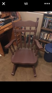 Plum chocolate oak rocking chair Apache Junction, 85119