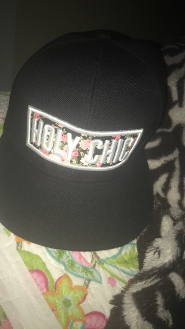 black and gray fitted cap 0
