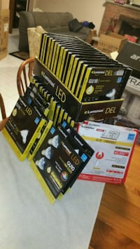 54 LED GU10 BULBS AND 8 POTLIGHTS Vaughan, L4L 7C4
