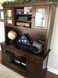 Cherrywood Desk and Hutch Franklin Lakes, 07417
