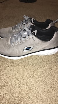 Skechers shoes Sioux Falls, 57106