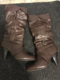 Pair of brown leather knee-high boots Edmonton, T5W 4R4