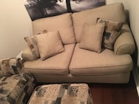 Selling loveseat for $500. Armchair and ottoman free with purchace Aurora, L4G 0R3