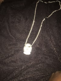 silver-colored necklace with pendant Laurel, 20723