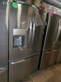 New scratch and dent frigidaire French Doors fridge stainless Steel  Baltimore, 21223