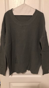 grey vintage crew neck knit sweater