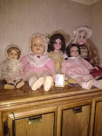All are antique Dolls,shriley tempel is one Saint Cloud
