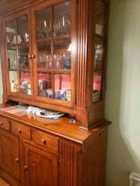 2pc. lighted hutch