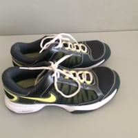 Nike athletic shoes Falls Church, 22041