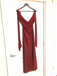 Red evening dress  41 km