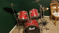 Pearl 5pc Drum Set, Cymbals, Throne