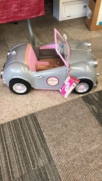 Silver and pink my girl car for dolls with real fm radio  Parkersburg, 26101