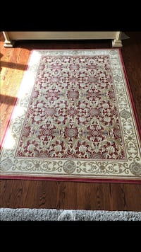 Red floral Rug 5x7 West Bloomfield, 48322