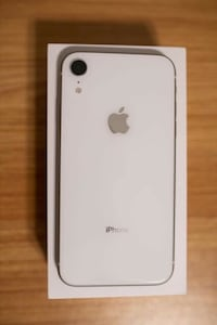 Iphone XR White Mississauga, L4Z 3T6