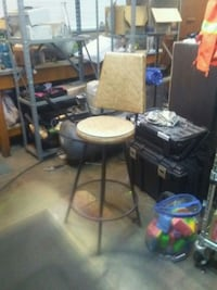 Bar stool/chair. Art deco from 60s Springfield, 97478